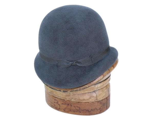 Cloche Hat Flapper Hat Handmade Hat Women's Felt Hat Handmade Cloche Hat Fall Hat Evening Hat 1930s Cloche 1920's Style Jazz Age Hat