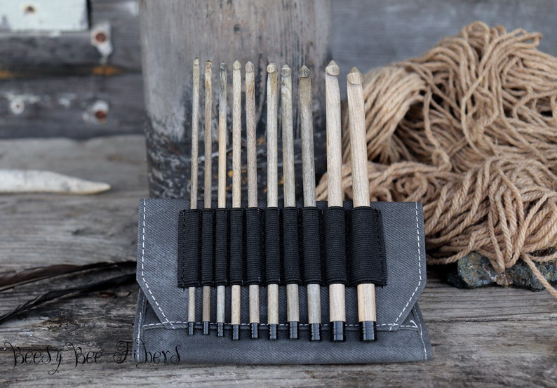 Crochet Gift Set 10 pieces LYKKE 6 Birchwood Crochet Wooden Hook Set