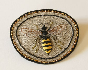 Hand embroidered common wasp sew on patch