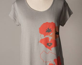 womens shirt, poppy shirt, red poppies, gray shirt, floral poppy screenprint