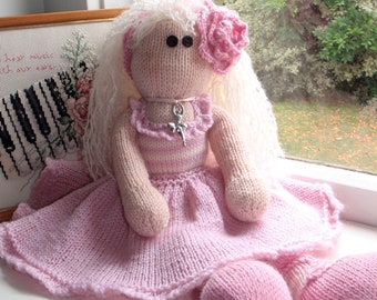 e-Pattern - Knitted ballerina doll - Evangeline and her little bunny Mia - NEW PATTERN