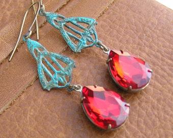 Red Vintage Rhinestone Earrings, Vintage Earrings, Dangle Earrings, Red Christmas Earrings