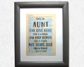 Aunt quote print on a boo...