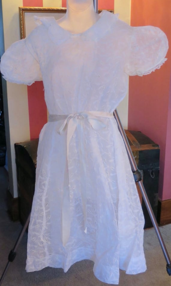 100 YEARS OLD + white ivory  lace dress vintage ba
