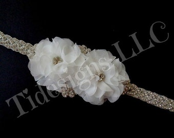 Bridal Sash, Wedding Sash, Bridal Belt ,Beaded Sash, Flower Sash, Off White Sash, Rhinestone Bridal Sash