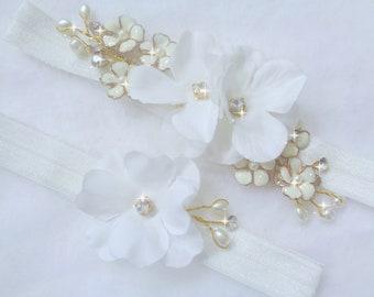Off White Wedding Garter Set, Ivory Lace Garter, Rhinestone garter,Flower Garter Set, Bridal Garter Set, Wedding Garter Set