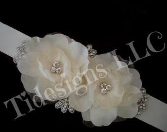 Bridal Sash, Wedding Sash, Brida Belt , Crystal wedding sash , Crystal sash , Beaded Sash, Rhinestone Bridal Sash, Flower Sash