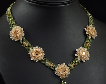 In Bloom Necklace Beadweaving Tutorial