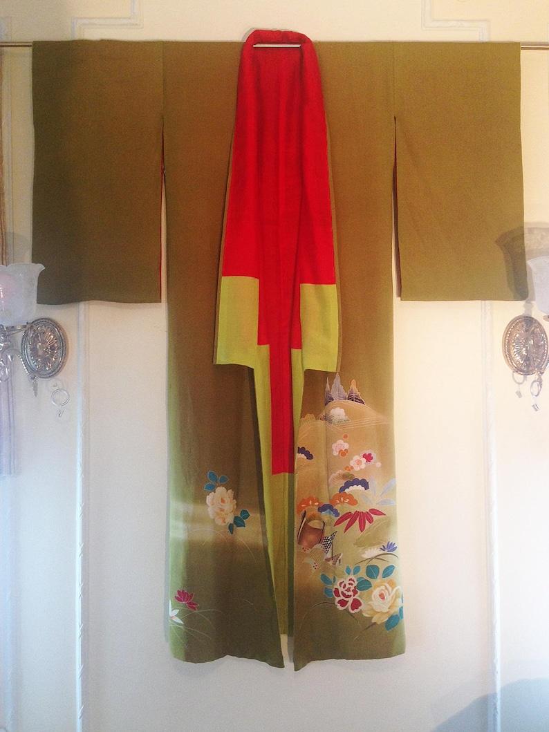 Vintage womans kimono boho chic,
