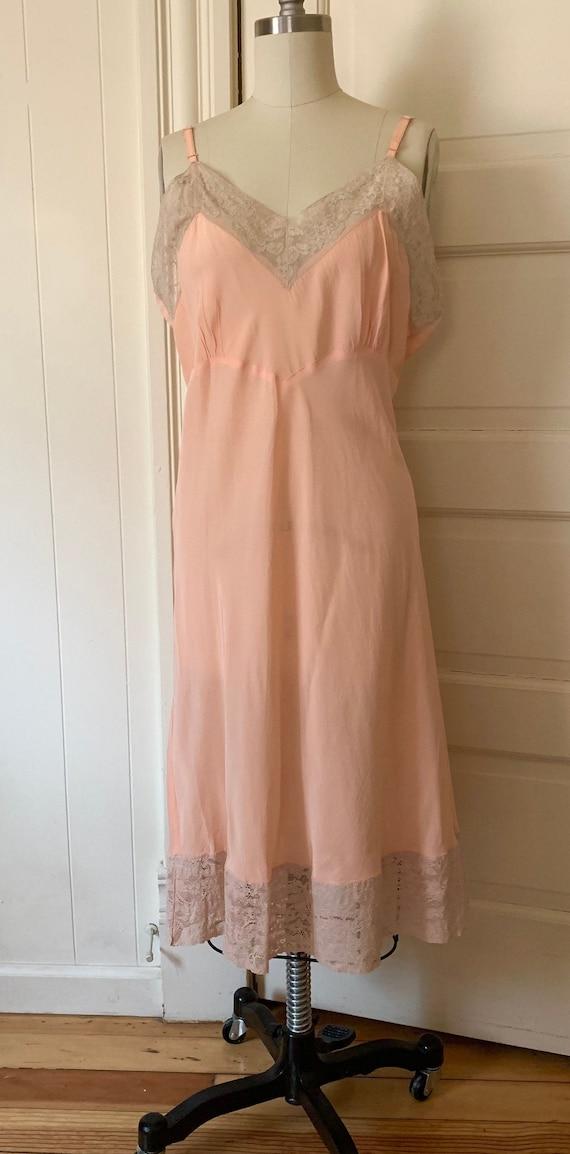 1940s Slip Dress Peach Rayon Lace M ML