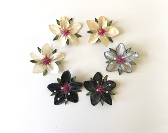"""Neutral """"Scarlet Pimpernel"""" Hair Clips: (6 Neutral Shades - White, Black, Silver-Gray)—Your Choice of Alligator Clip, Bobby Pin, or Brooch"""