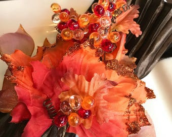Napkin Ring with Orange Autumn Leaves and Berries - Fall - Thanksgiving -Autumn