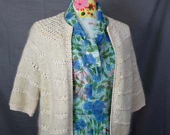 """Hand Knit Ivory Mohair  Silk Cord Open Cardigan Sweater Boxy Fit Vintage 1960s Size Med 32-38"""" Bust Jackie O Mod Style"""
