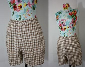 Grandpa Style Vintage White + Brown Windowpane Plaid Bermuda Golf Shorts 1960s Sportswear Unisex Small 26-28 Waist
