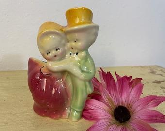 cute couple shawnee vase ceramic