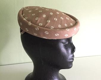 Coffee Bean Print Vtg Silk Hat Tan + Cream Vtg 1950s New Look One Size CHARITY FUNDRAISER