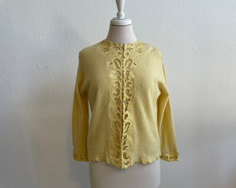 Yellow Lambswool Cardigan Sweater with Floral Satin Applique Nordstoms Best Womens Size Medium