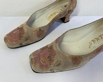Delman Rose Floral Tapestry Pumps Court Shoes Vintage 1990s Retro Antique Womens Size 7 1/2 N