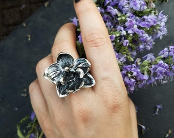 Orchid Ring, Moth Orchid, Phalaenopsis, handmade by Jamie Spinello