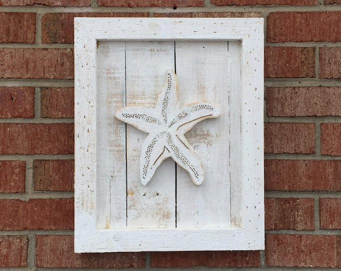 Rustic cottage coastal living style Outer Banks outdoor starfish sand dollar wall art beach home decor nautical OBX BeachHouseDreamsHome