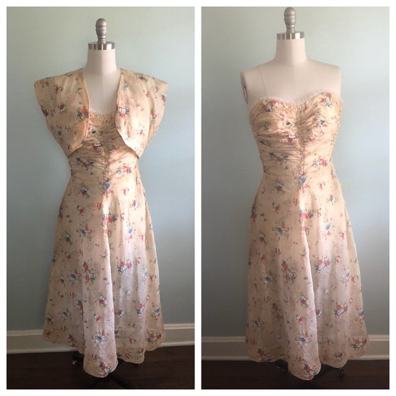 Early 1940s 40s Floral Beige Tan Khaki Strapless