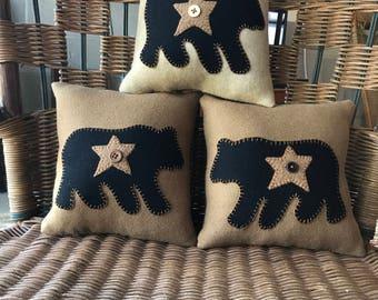Bear pillow wool primitive