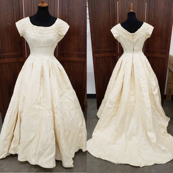 Vintage 50's or 60's Gown - image 1