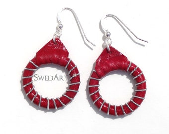 SwedArt E02  Earrings reindeer leather, sterling silver hooks, pewter and silver wires Red