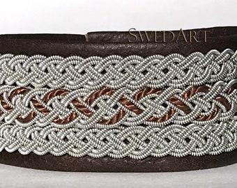 "SwedArt B53 SMALL Rovaniemi Reindeer Leather Bracelet-Reindeer Antler Button-Dark Brown 1"" Wide"