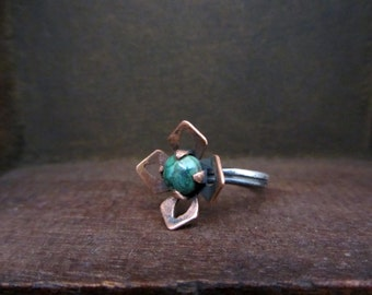 Green turquoise flower ring, Turquoise copper and sterling silver ring, Arti