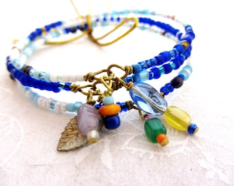 Colorful beaded bangle bracelets, Set of 3, three colorful boho bangle, beaded bracelets, White blue and gold Summer vibe bangles