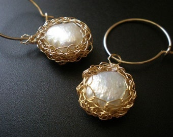 Crochet gold filled and pearls bridal earrings
