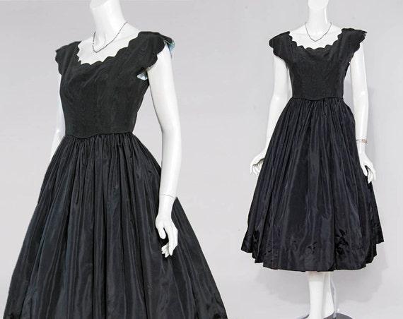 50s black grosgrain scallop edge cupcake gown   xx
