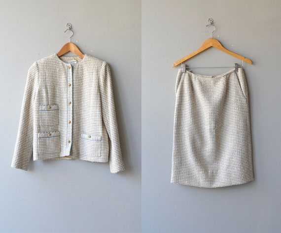 Chanel suit   vintage boucle jacket and skirt   v… - image 1