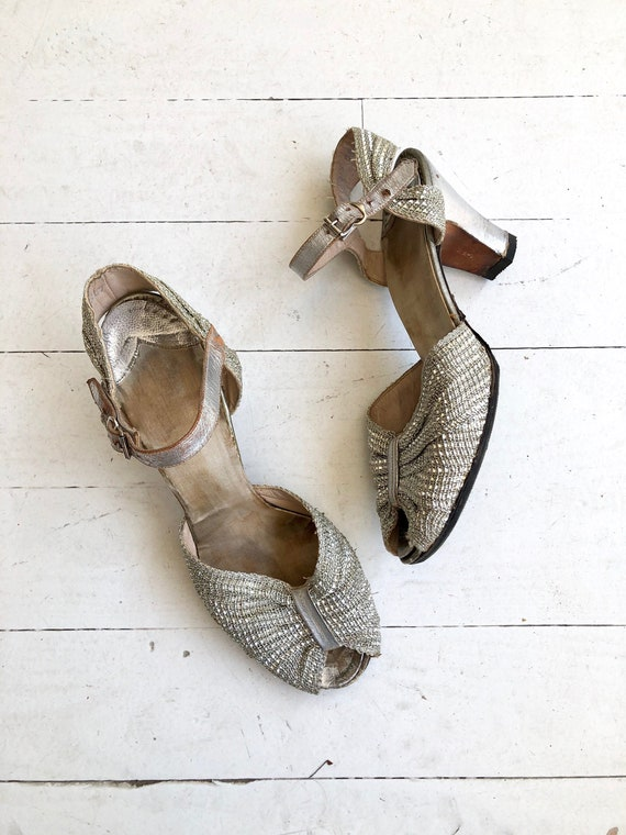 Silver Mesh Deco peeptoes | 1930s shoes | vintage