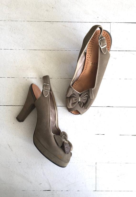 Shale peeptoe platforms | vintage 1940s shoes | 40