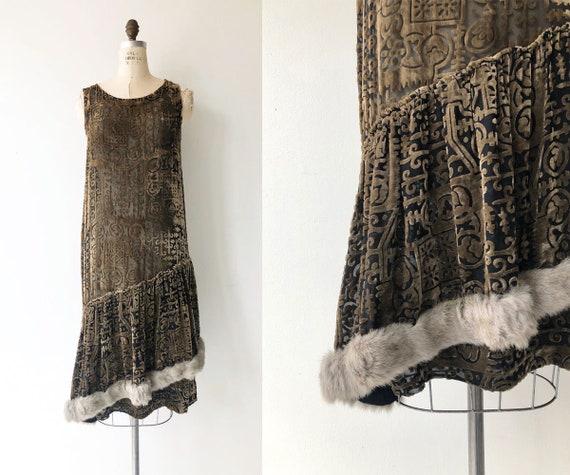Secret History dress | 1920s velvet dress | vintag