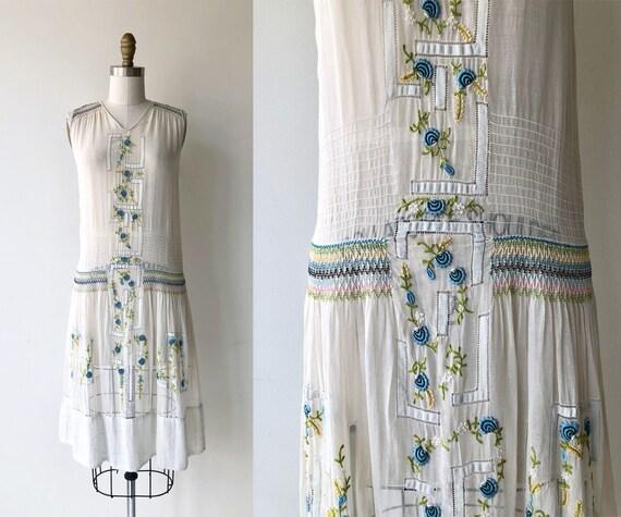 Daychovo dress | vintage 1920s dress | folk embroi