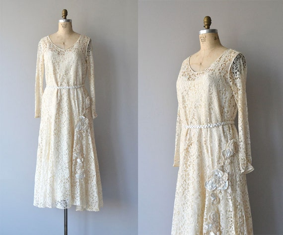 Amata Bene dress | lace 1920s wedding dress | vint