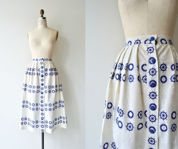 Schooner skirt | 1950s skirt | nautical print skir
