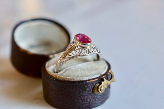 Antique 1920s 14K white gold and lab ruby ring | v