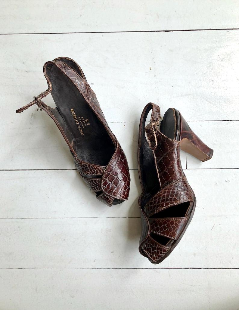 Panama peeptoes  vintage 1940s shoes  40s shoes 6.5 image 0