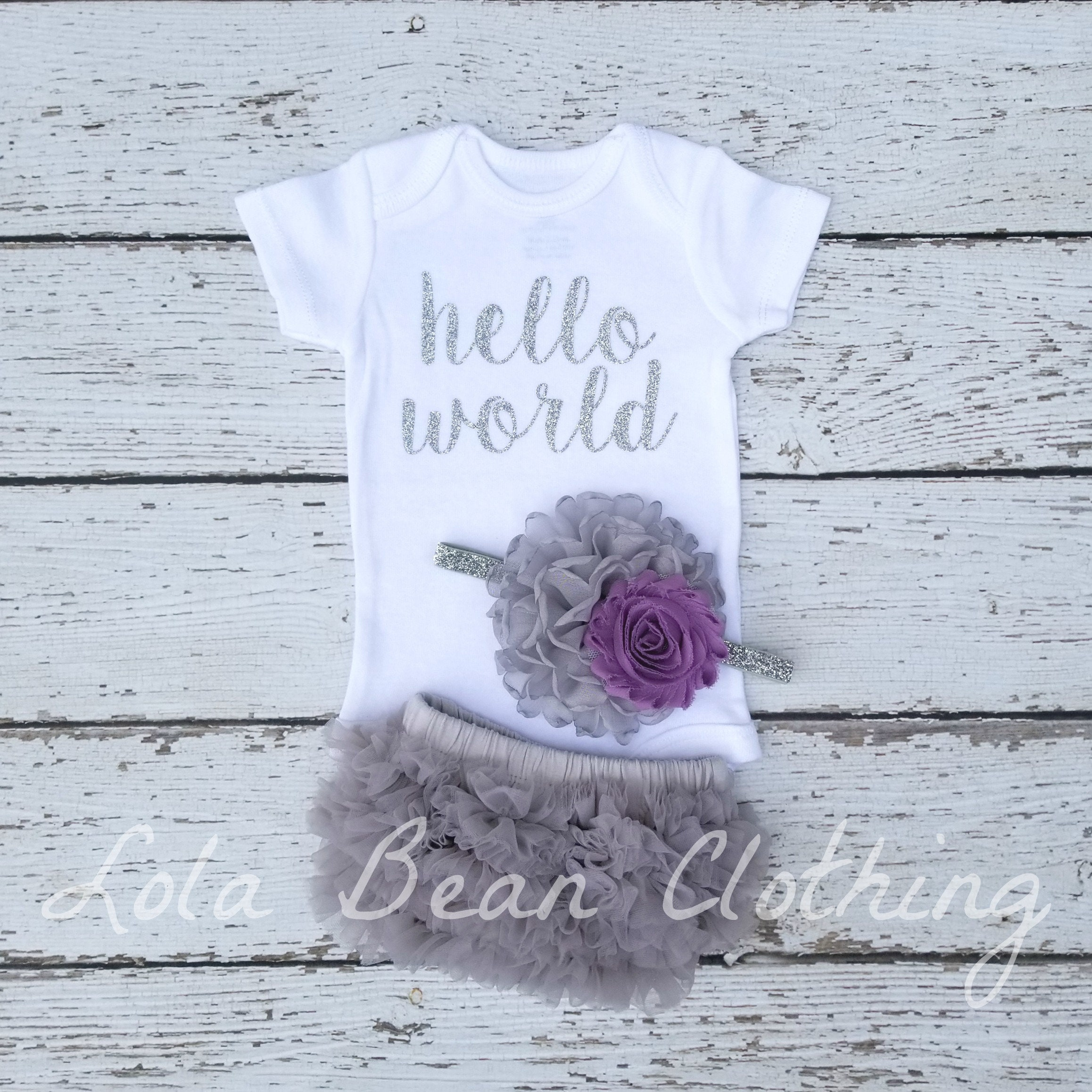 cca01edd3b8c0 Baby Girl Coming Home Outfit \\ Baby Girl \\ Baby Girl Clothes \\ Hello  World \\ Newborn Girl Outfit