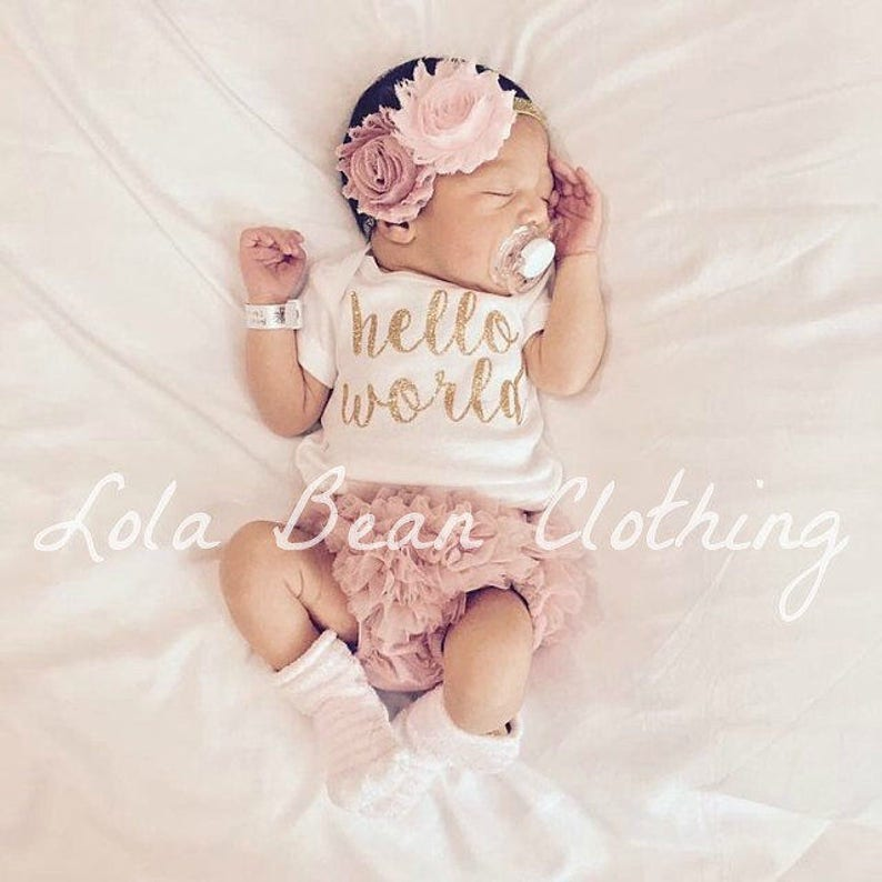 6126f6e460879 Hello World Take Home Outfit Baby Girl Coming Home Outfit Newborn Outfit