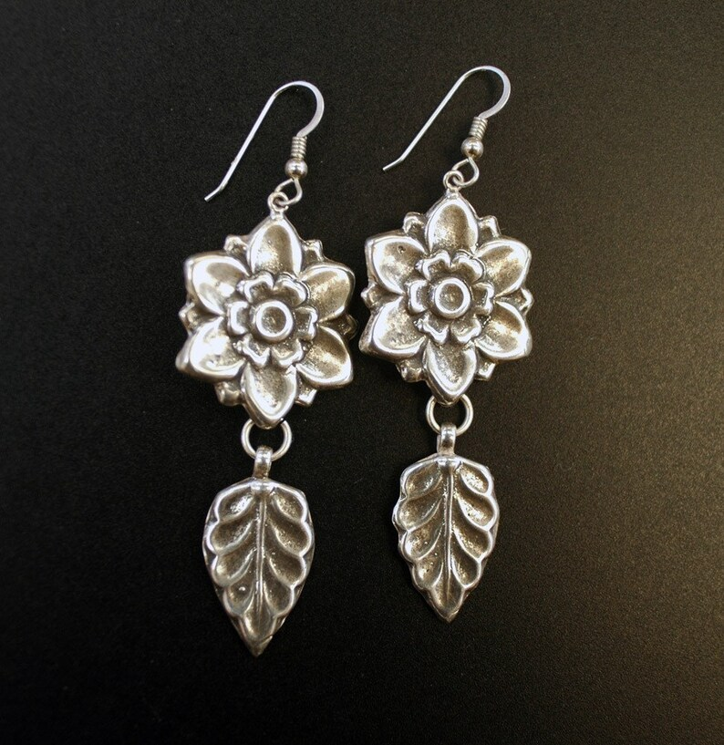 Vintage Flower Inspired Earrings image 0