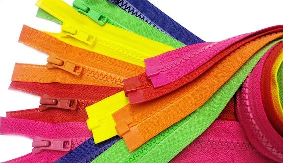 1 Zipper// Pack 25\ Vislon Zipper ~ YKK #5 Molded Plastic Sport Zipper ~ Separating 820 Atom Red