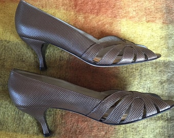 PREVATA  peep toe  heels