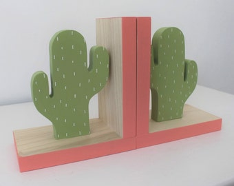 Cactus Bookends, Boho Nursery, Boho Baby, Dessert Decor Cactus Kids, Greenery, Succulent, Succulence, Green Cactus Decor, Wood Bookend,