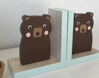 Brown Bear Bookends, Mint, Baby Woodland, Woodland Decor, Forest Themed Decor, Kids Bookends, Nursery Decor, Baby Bear