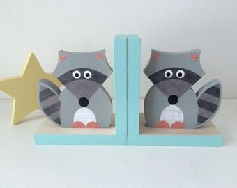 Raccoon Bookends, Aqua Blue Edges, Children's Bookends, Woodland Nursery, Woodland Kids Decor, Nursery Decor, Kids Decor, eco friendly